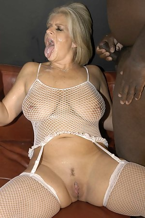MILF Fishnet Porn Pictures