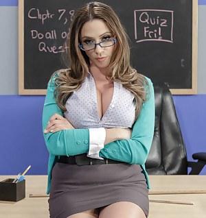 MILF School Porn Pictures