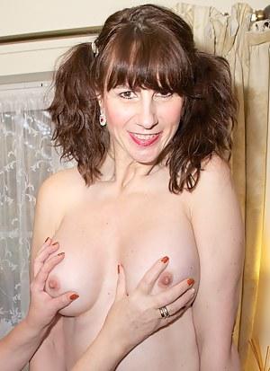 MILF Pigtails Porn Pictures